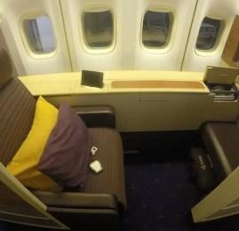Primeira Classe da Thai Airways no B747-400 – Tóquio para Bangkok