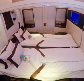 """Primeira Classe """"Suites"""" no A380 da Singapore Airlines – Hong Kong para Cingapura"""