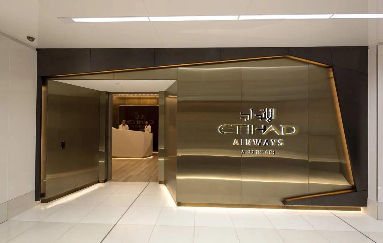 Melbourne Premium Lounge_Entrance_1