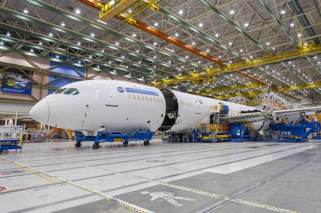 787-9 ILF_AFA #500-ZB246
