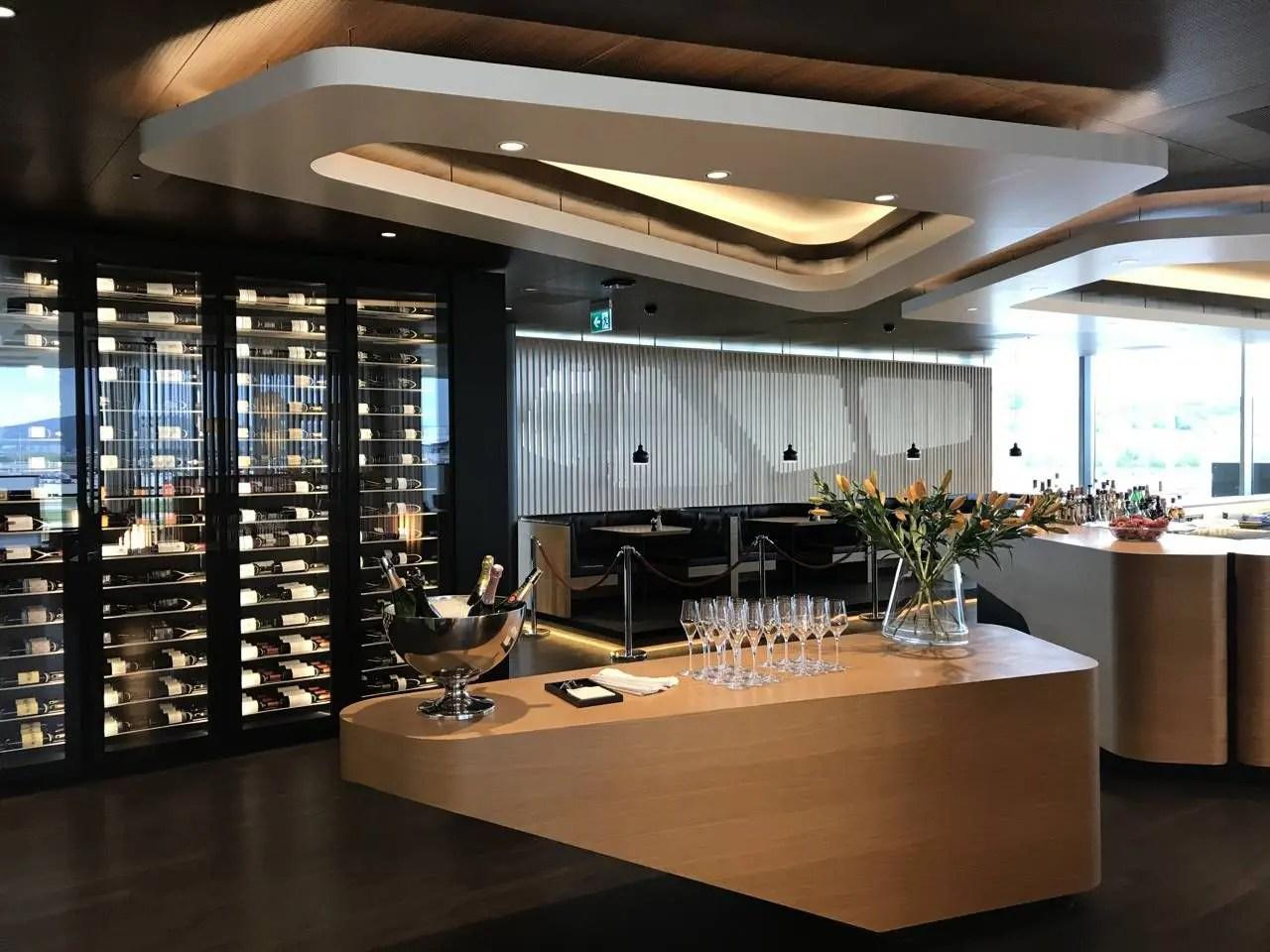 swiss-first-class-lounge-018