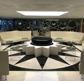 Sala VIP Qatar Airways Premium Lounge – Aeroporto de Paris (CDG)