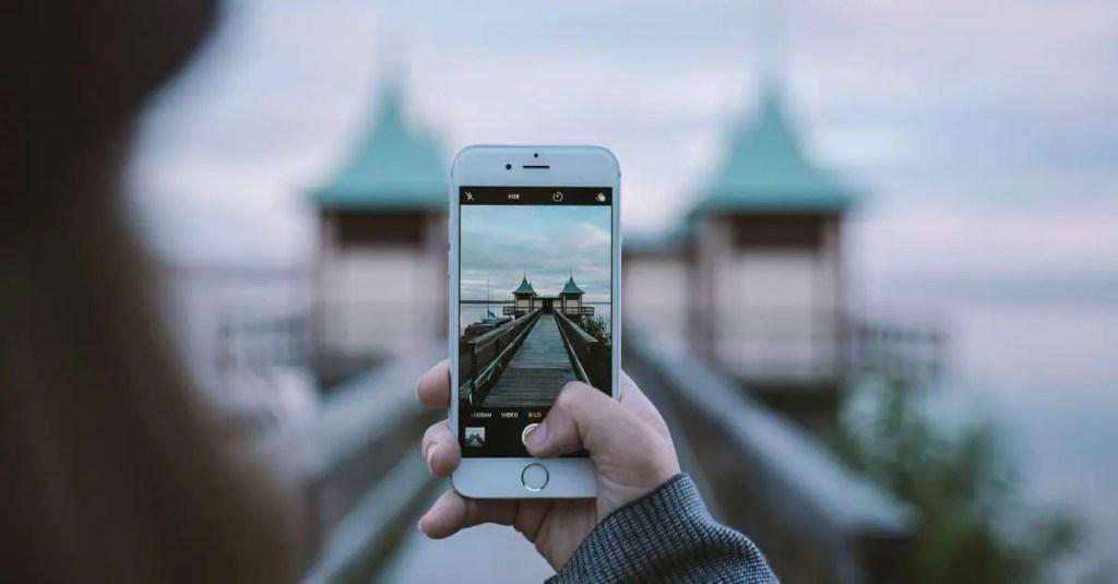 celular tirando foto