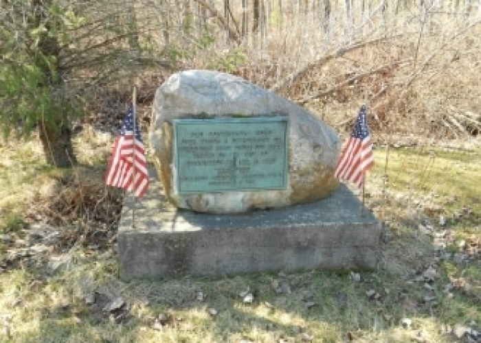 Old Continental Road marker. Photo by Janet Kennedy.