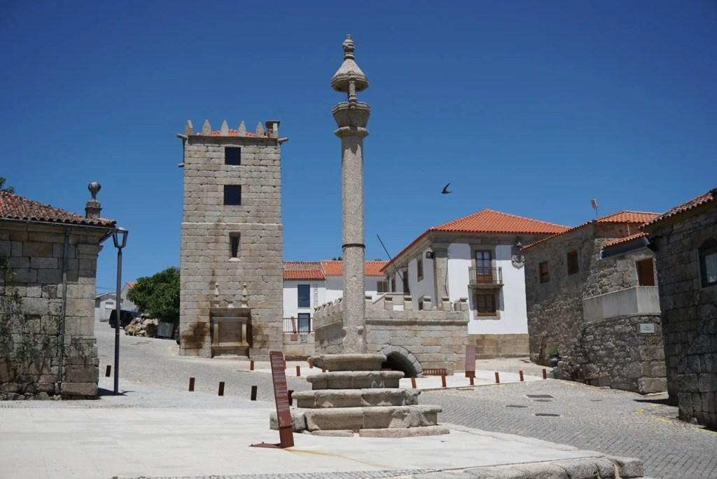 Largo dos Monumentos Aguiar da Beira