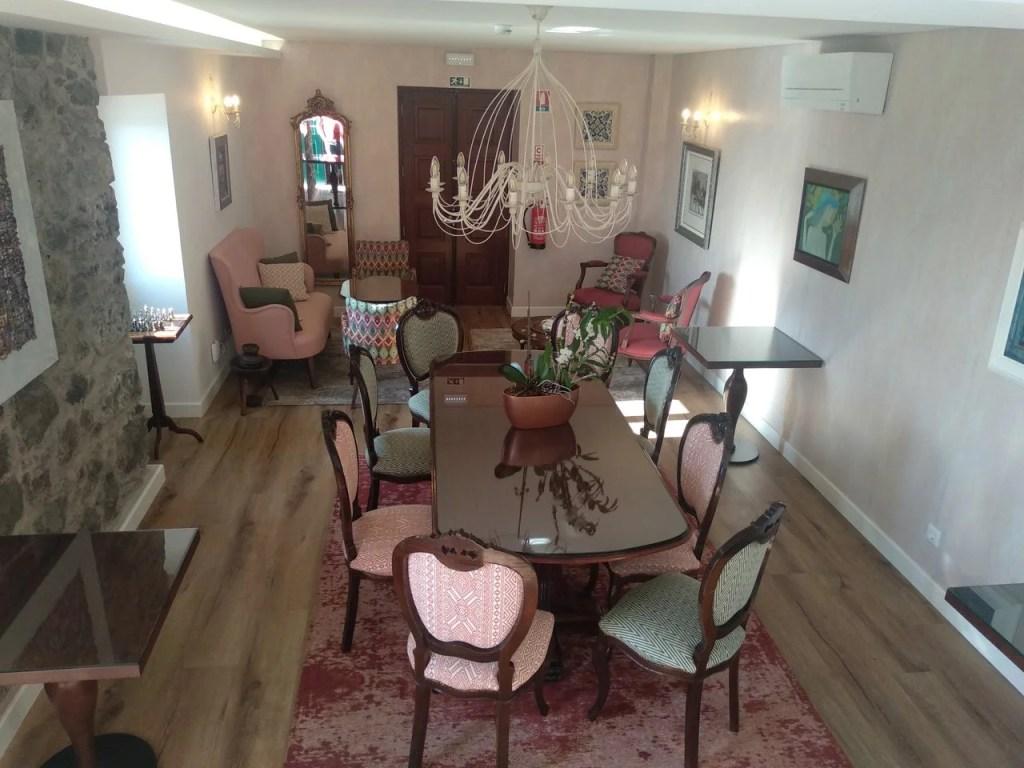 Sala de jantar da Quinta da Saraiva.