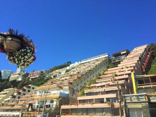 Playa Renaca - Hoteis e Apartamentos a Beira Mar