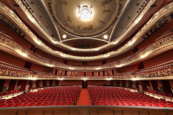 Teatro Municipal: plateia.