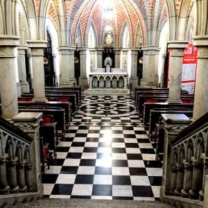 Cripta da Catedral da Sé. Foto: Denis Mastro. www.denismastro.46graus.com