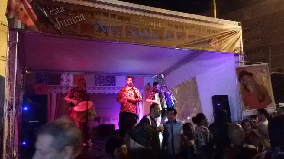 Forró na festa junina da Igreja da Consolação não deixa ninguém parado. Foto: Patricia Ribeiro/ Passeios Baratos em SP