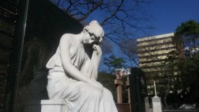 Os túmulos são verdadeiras obras de arte. Foto: Patrícia Ribeiro/ Passeios Baratos em SP