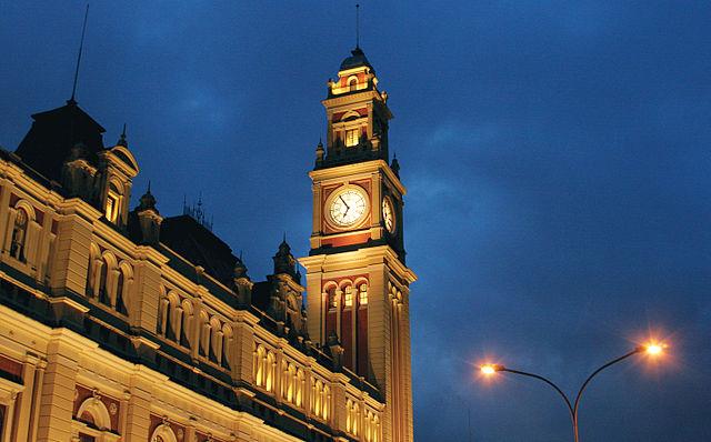 Estação da Luz à noite Foto: wikimedia