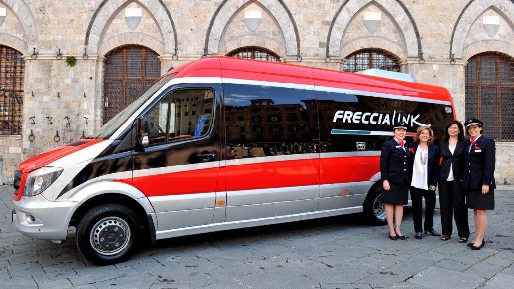Prentazione-Freccialink-a-Siena-con-le-istituzioni-Foto-FS-Italiane-e1464008818151