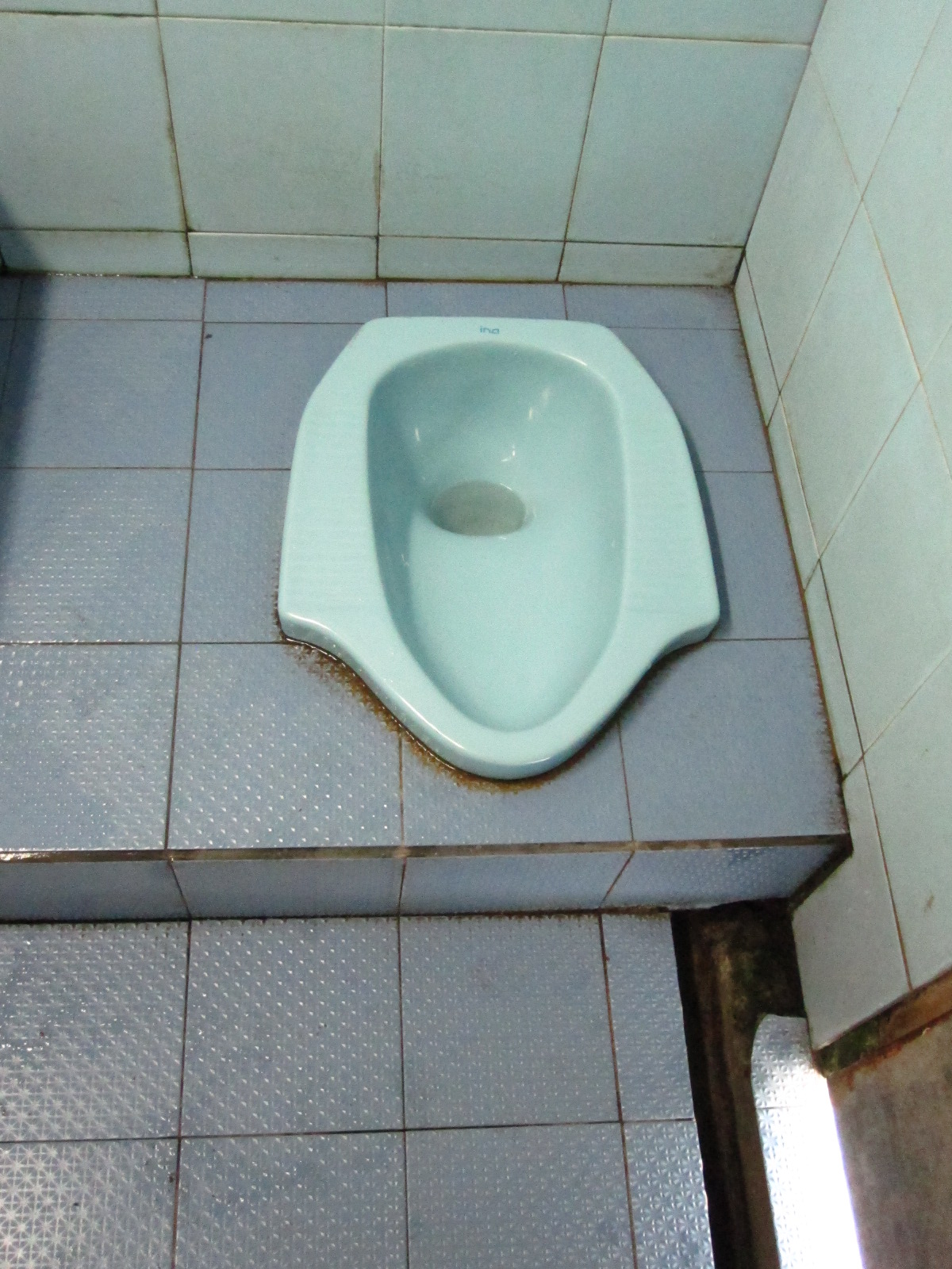 Passenger Conners – The Great International Toilet Ranking System