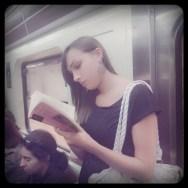 Metroreading by Vicente Jurado passengers,