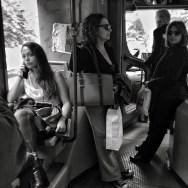 Bus romano. by Juan Carlos Ordóñez blackandwhite, blancoynegro, bus, hombre, italia, jcof, man, mujeres, passengers, roma, women,