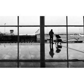 Airporting by Godo Chillida airport, barcelona, blackandwhite, bnw, bnw_life, bnw_society, bw, bw_lover, bw_photooftheday, bw_planet, monochrome, passengers, streetphoto, streetphotography, streetphotography_bw, streetphoto_bw, ubiquography,