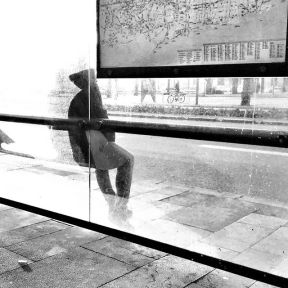 Silhouette waiting for the bus by Godo Chillida barcelona, blackandwhite, bnw, bnw_life, bnw_society, busstop, bw, bw_lover, bw_photooftheday, bw_planet, monochrome, passengers, silhouette, streetphoto, streetphotography, streetphotography_bw, streetphoto_bw, ubiquography,