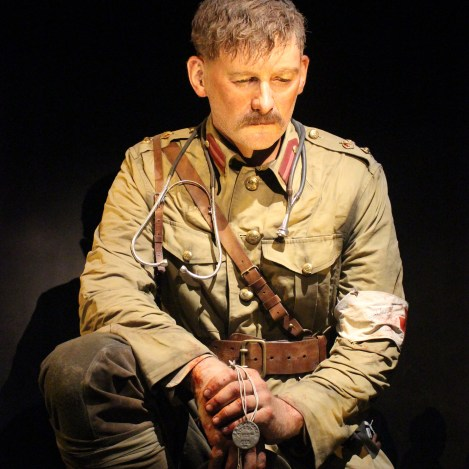 Lt Col Percival Fenwick at 2.5x life size in the Te Papa Gallipoli exhibition