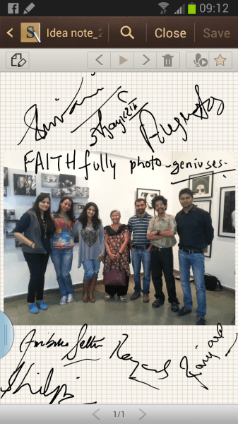 All seven photographers gave us their autographs... on the Samsung Galaxy Note II of course!