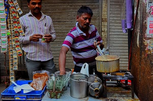 Vendors on the streets of Delhi - The tea stall