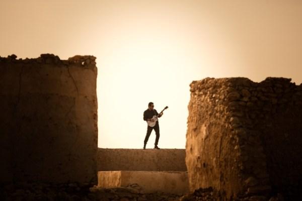 Shehzad Bhanji – this lefty plucks the right strings