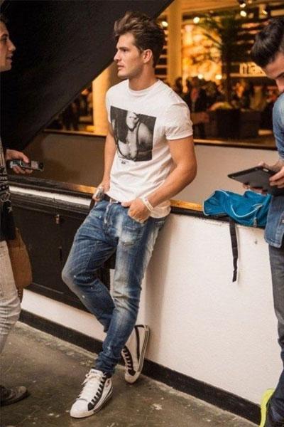 Comment porter un t shirt homme, conseils et idées de look