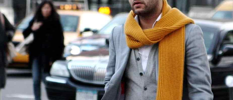 porter une écharpe homme