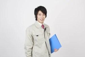 作業着を着た男性