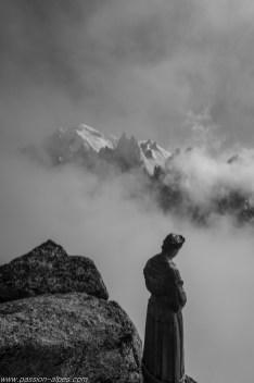 La vierge du Grépon et le Mont-Blanc