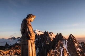 La vierge et le Mont-Blanc
