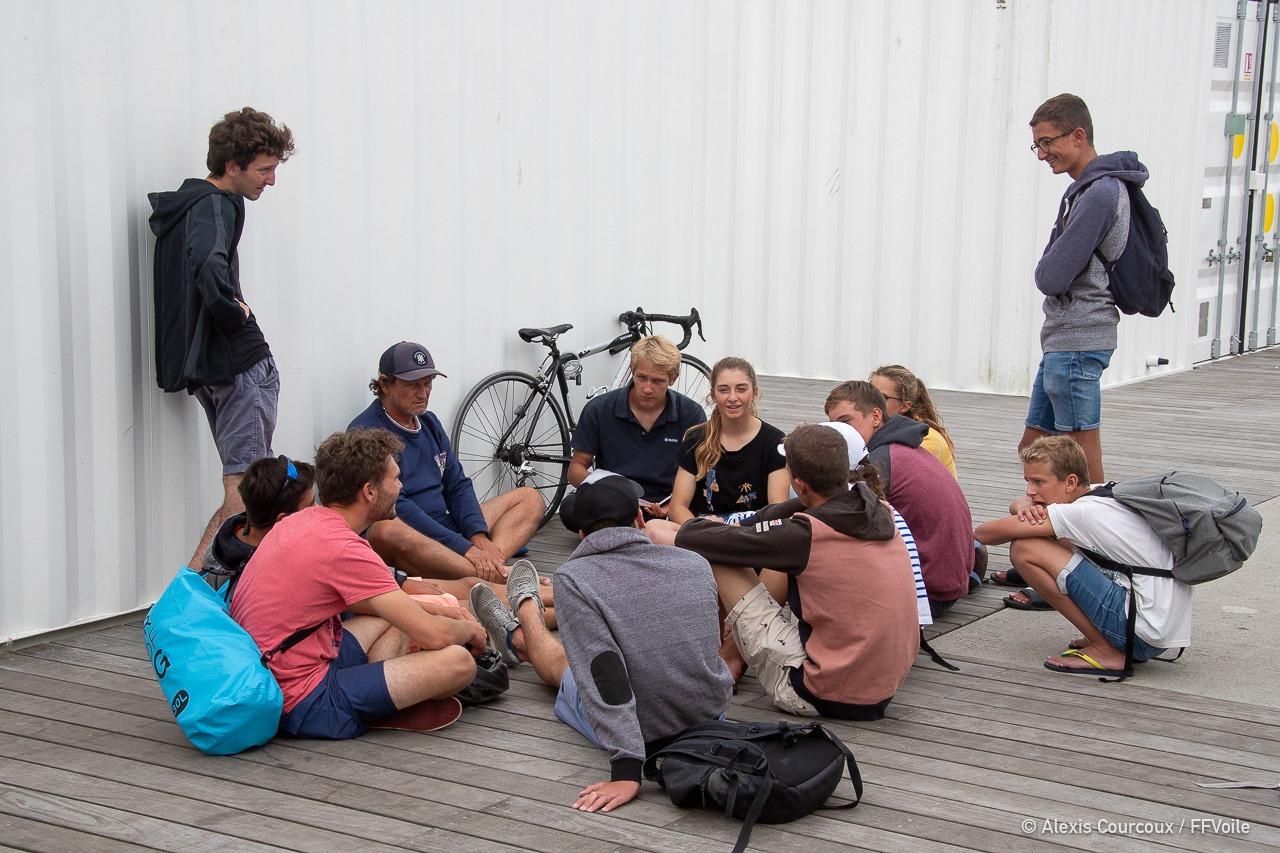 Débrieffing avec l'entraineur du Pôle France de Brest