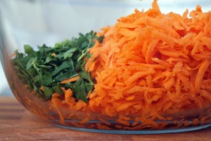 grated-carrots-and-parsley [320x200]