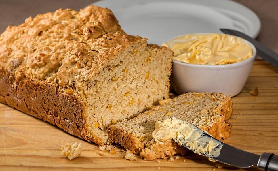 Cinnamon Butter and Bread