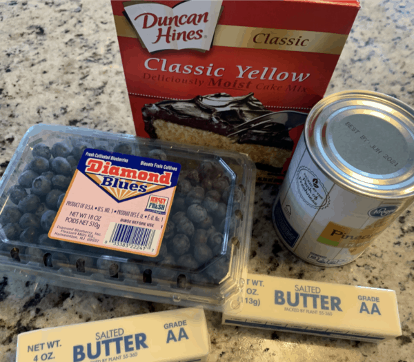 blueberry cobbler dump cake ingredients