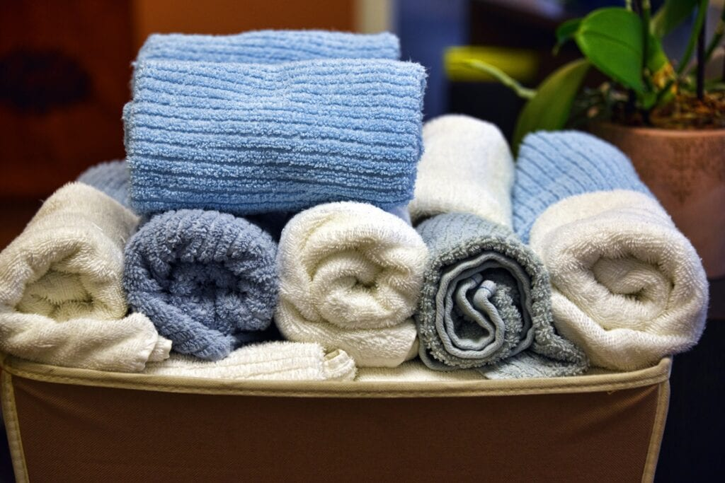 How To Get Mildew Smells Out Of Clothes Using Just 2 Ingredients