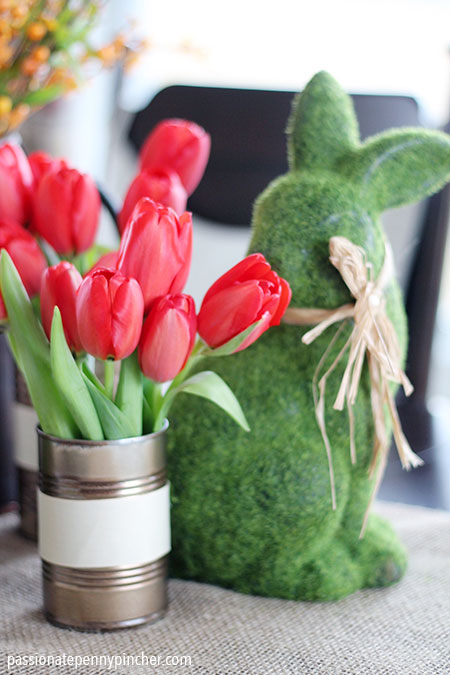 DIY Spray Paint Crafts with Tin can and Tulips