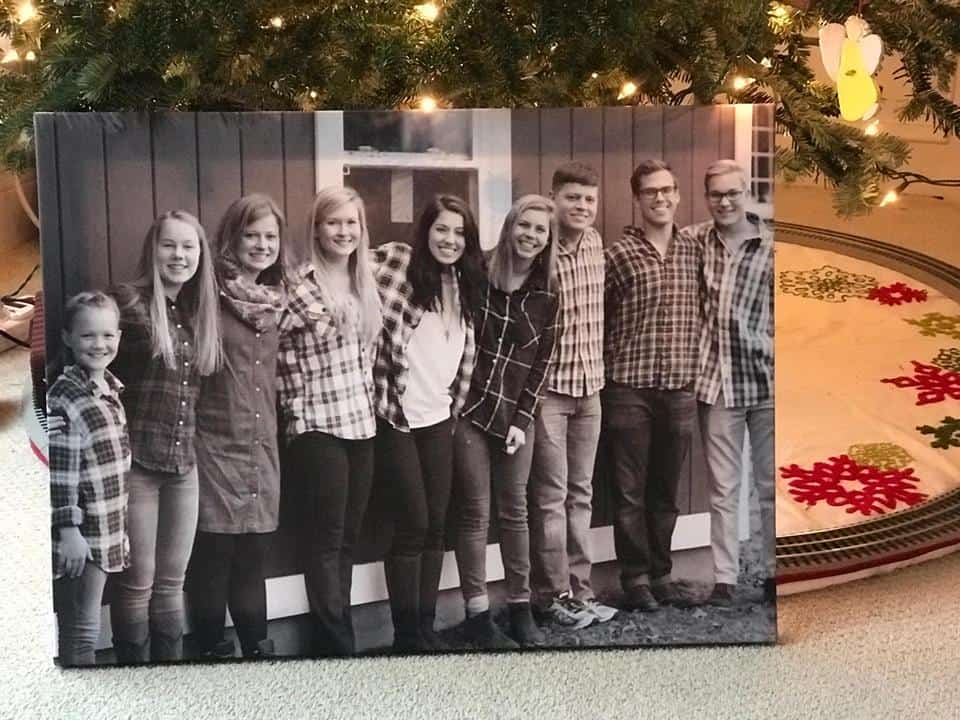 These photo canvas deals are the perfect way to turn a favorite photo into a brilliant gift!
