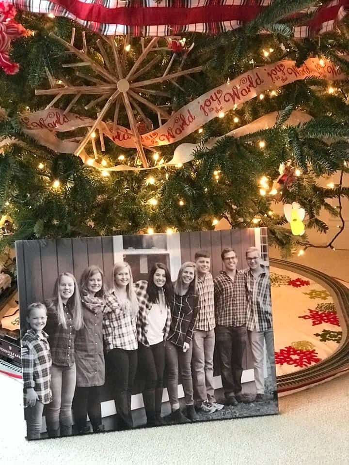 Make this HUGE 16x20 photo canvas for just $24.99 Shipped!