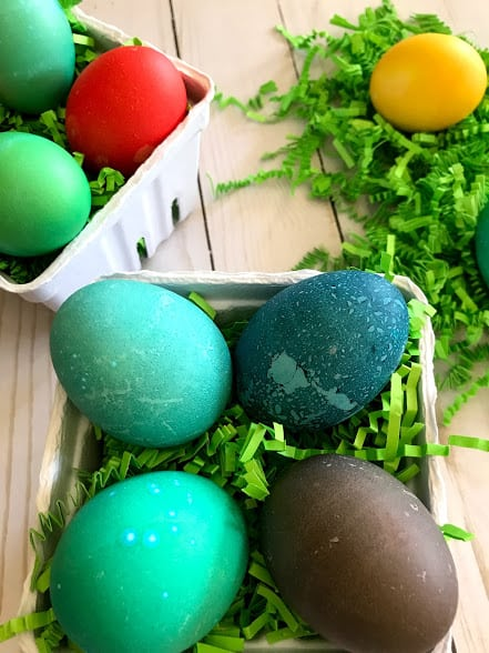 Dyeing Easter Eggs in the Instant Pot