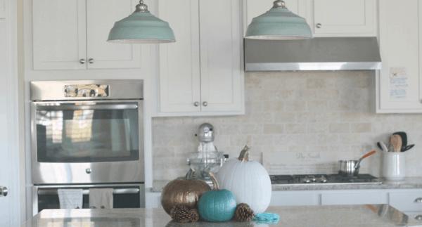Easy DIY Fall Decor Painting Pumpkins