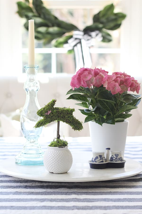 This bunny topiary in this Easter DIY Centerpiece is full of country charm and would be perfect for a mantle or tablescape!