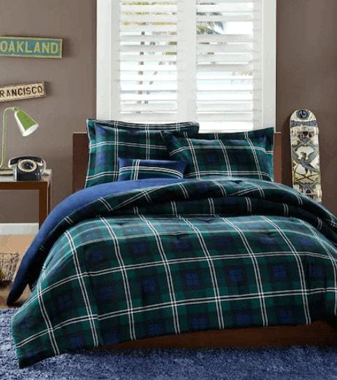 Kohl S Dorm Room Deals Comforter Sets 39 Area Rug 40 Towels From 2 49
