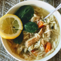 Lemon Chicken Orzo Soup | Such a YUMMY Comfort Food!