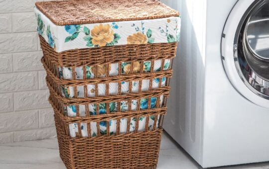 The Pioneer Woman Hamper Horizontal
