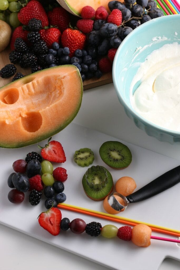 Melon Balls  with Fruit Dip