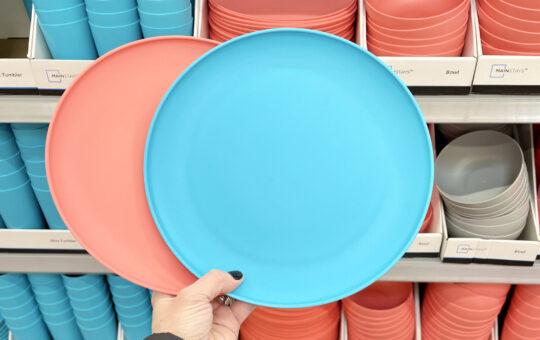 walmart plastic dishes