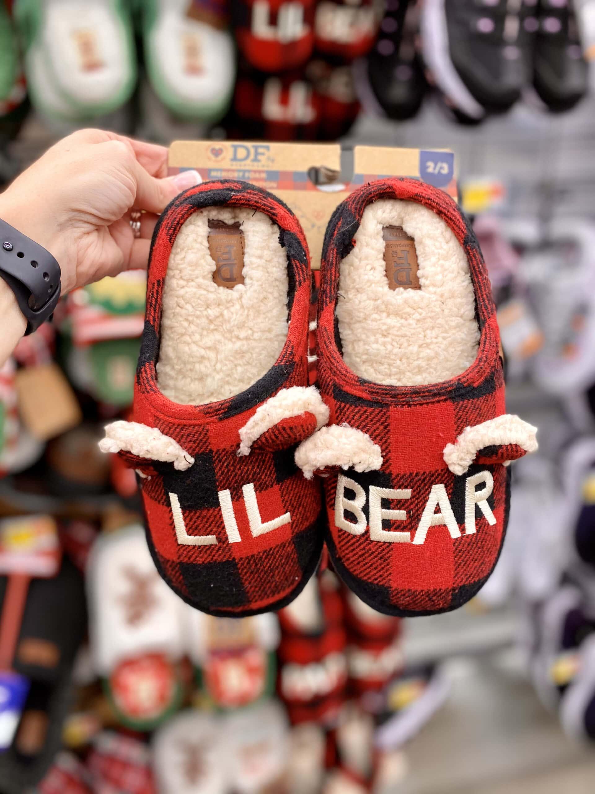Papa Bear Dearfoam Slipperss