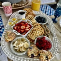 Waffle Bar Ideas for Brunch (LOVE the Waffle Toppings)