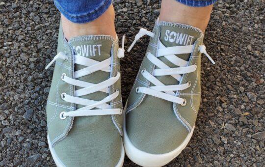 amazon slip-on sneakers